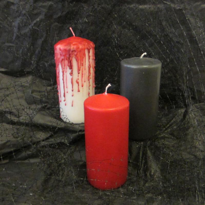 Vérző halloween gyertya