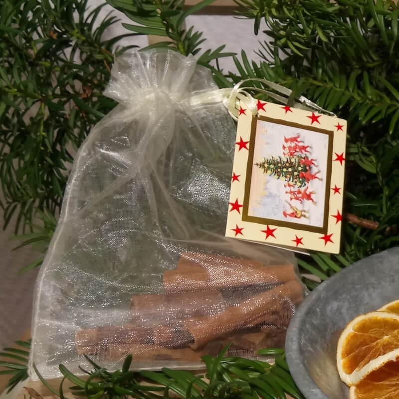 Karácsonyi gyertyához karácsonyi illat