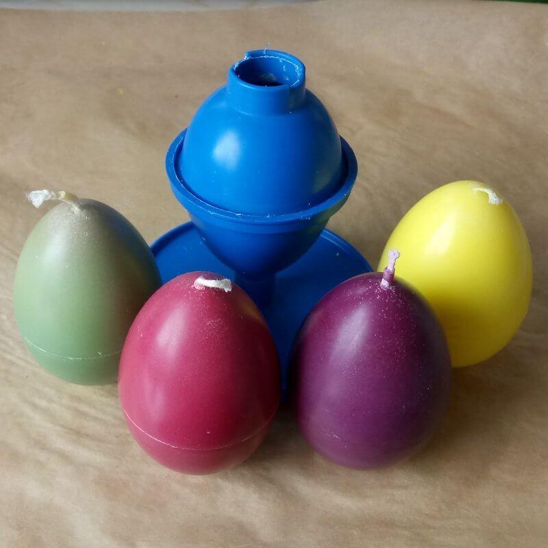 Alapgyertya a faragott húsvéti tojáshoz