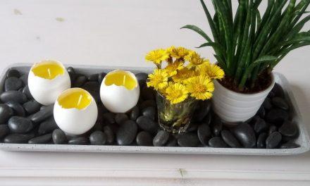 Tojáshéj gyertya a húsvéti asztalra